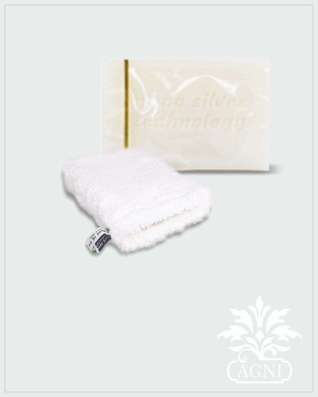 Raypath Nano Silver rinkinys su muilu kūnui ir šluoste makiažui valyti